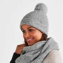 Alpaca-Rich Rib Bobble Hat