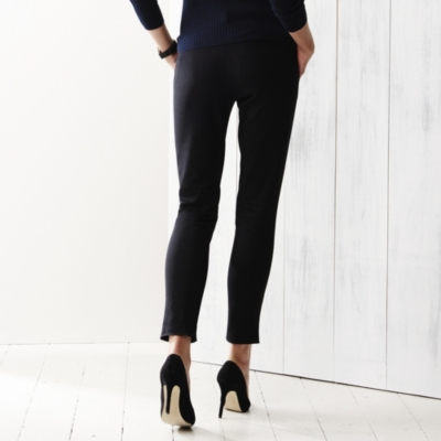 Ankle Grazer Pants - Black