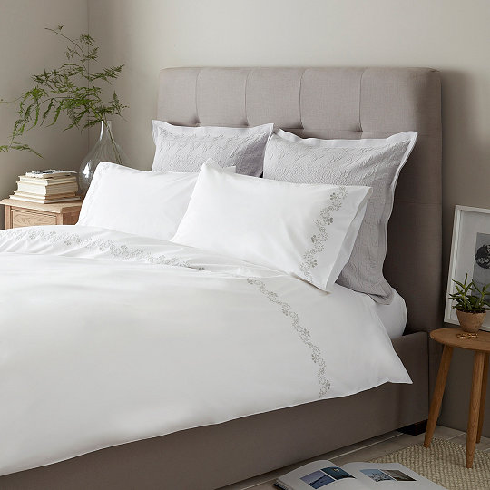 Amari Bed Linen Sets