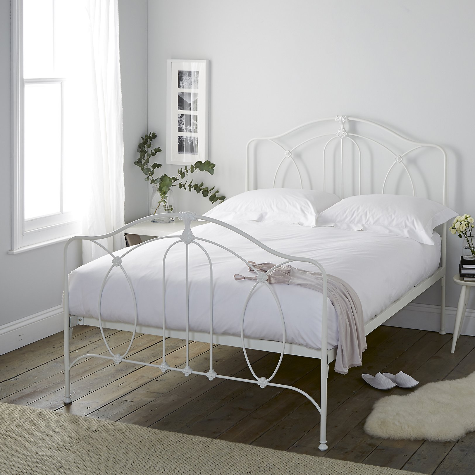 Ashwell Bed. Beds   Metal  Wooden   Upholstered   The White Company UK