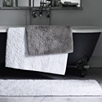 Medium Reversible Vermont Bath Mat - White