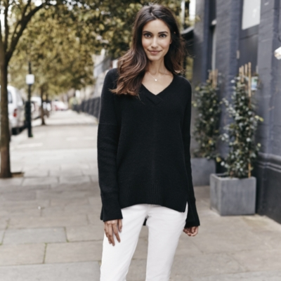 Cashmere Chunky V-neck Jumper - Black