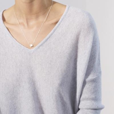 Cashmere V-Neck Curved Hem Sweater - Pale Gray Marl