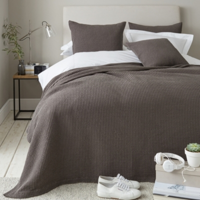Charlcombe Bedpread & Cushion Covers - Fig