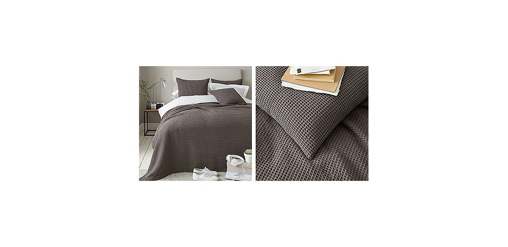 Charlcombe Bedpread & Cushion Covers
