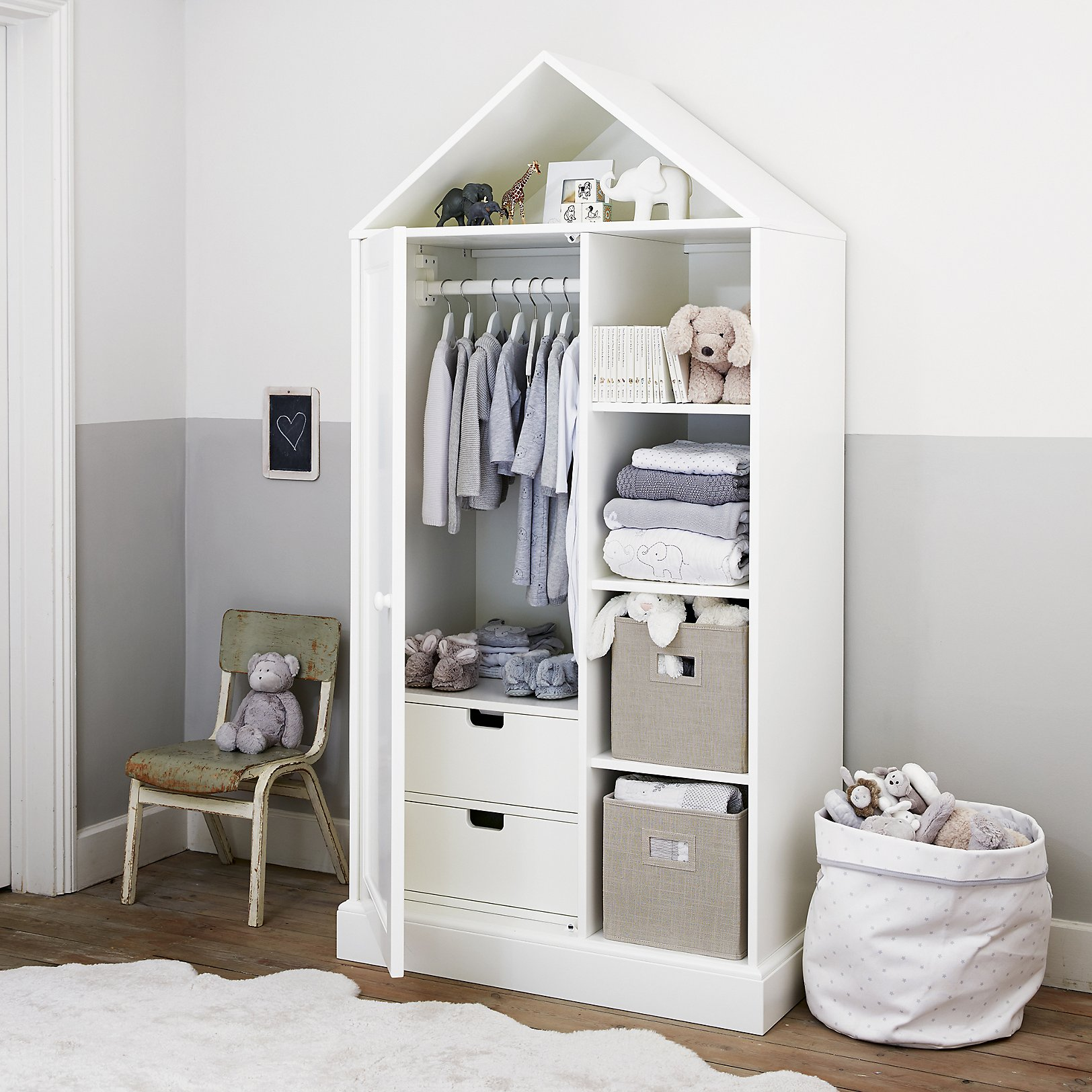 Classic CollectionFurniture CollectionsThe White Company UK