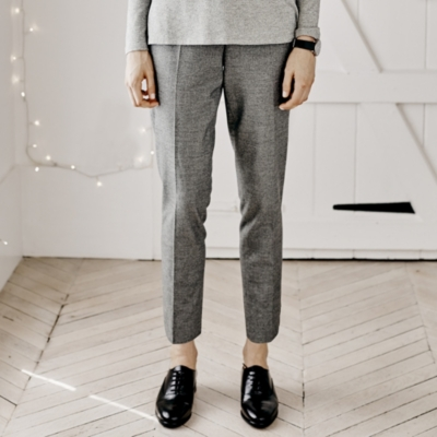 Classic Tapered Pants - Gray
