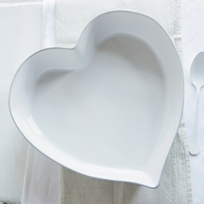 Porto Stoneware Large Heart Roaster