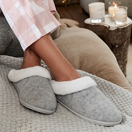 Felt Faux-Fur Slippers