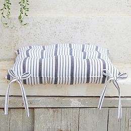 Stripe Tufted Seat Pad