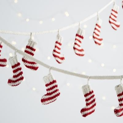 Knitted Stocking Garland