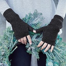 Honeycomb Wrist Warmers