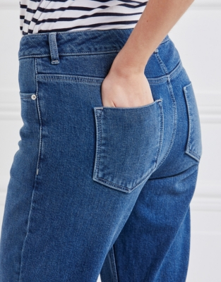 High Rise Relaxed Jeans