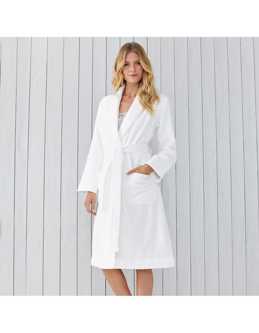Luxury hotel robe   Nightwear & Robes Sale   The White Company UK