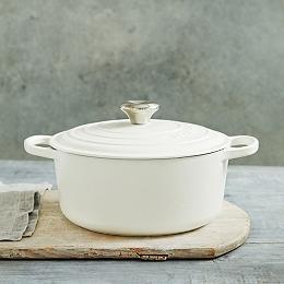 Le Creuset Round Casserole Dish - 24cm