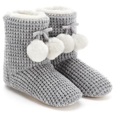 Knitted Pom-Pom Slipper Boots