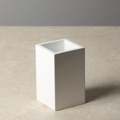 White Lacquer Pot