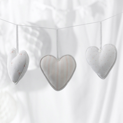 Once Upon a Time 3 Hanging Hearts