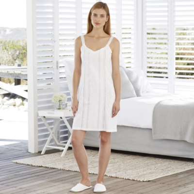 Pintuck Detailed Night Gown - White