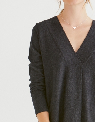 Pleat Detail V-Neck Sweater - Charcoal Marl