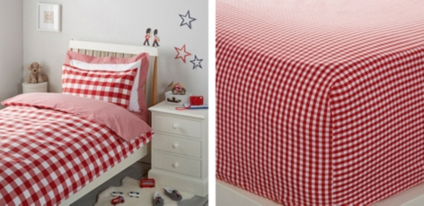 Postbox Red Gingham Bed Linen