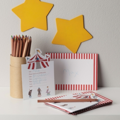Circus Party Invitations - Set of 8