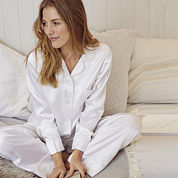 Piped Silk Pyjama Set - Porcelain