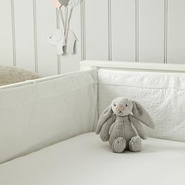 Perfect White Cot Bumper