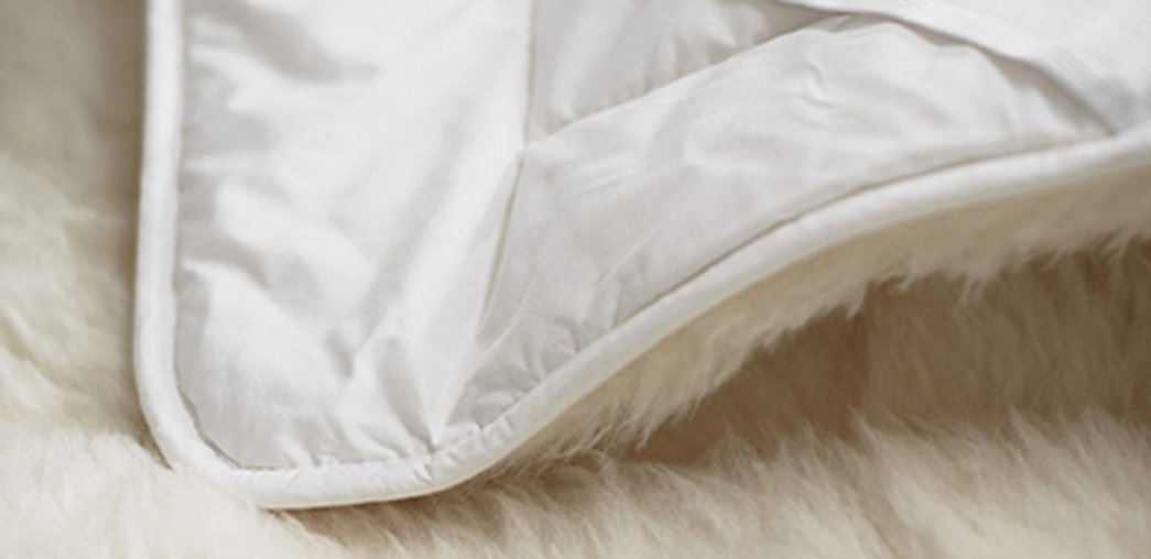 Natural Topped Fiber Bed