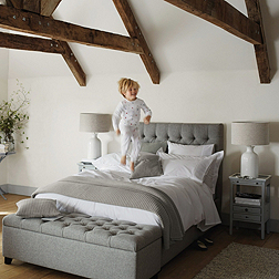 Richmond Bed - Light Grey