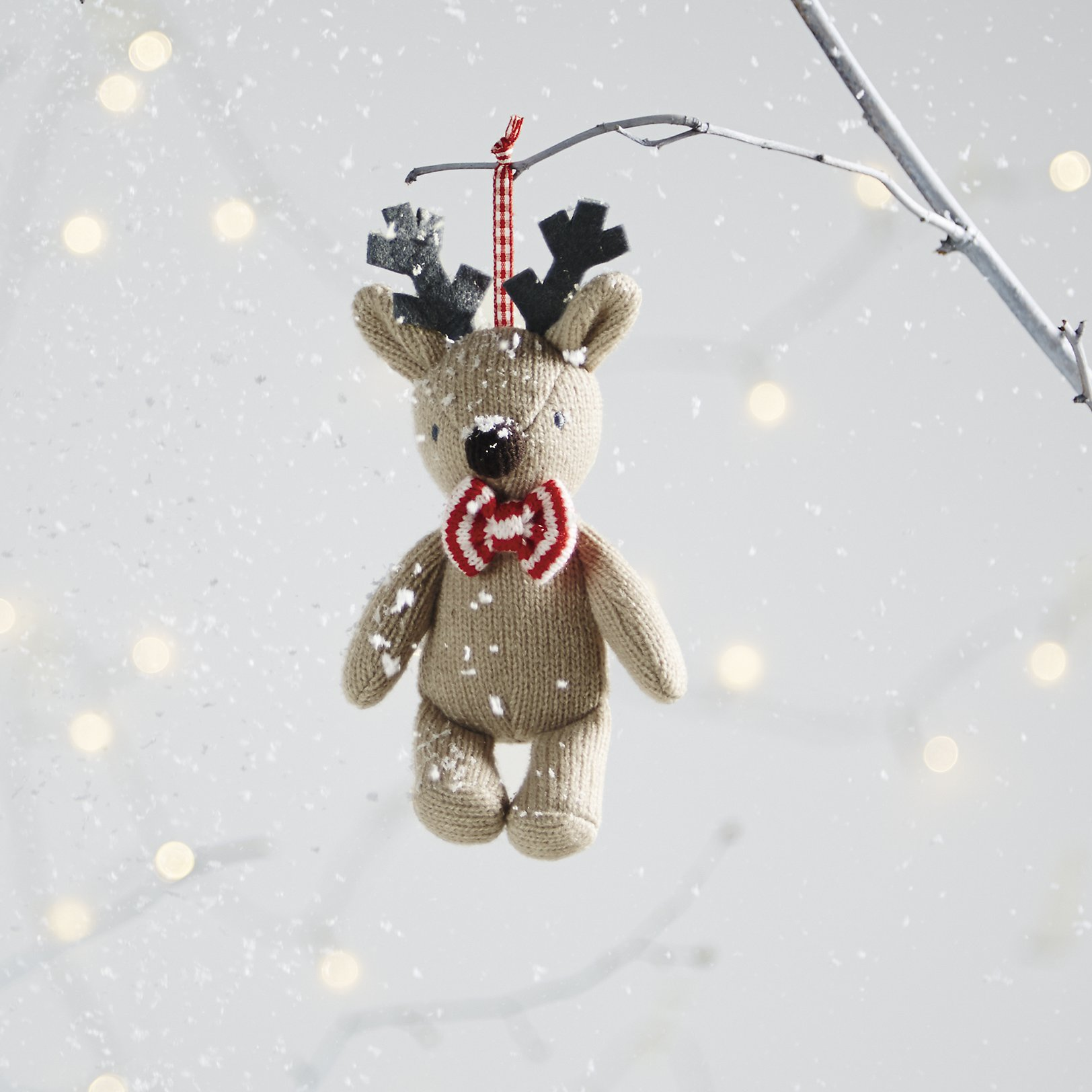 White christmas decorations - Knitted Reindeer Decoration