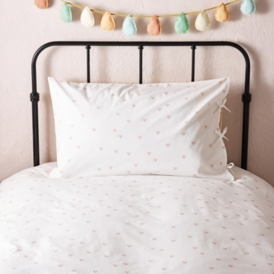 Scattered Heart Bed Linen
