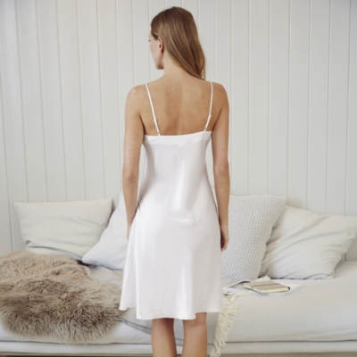 Short Silk Night Gown - Porcelain