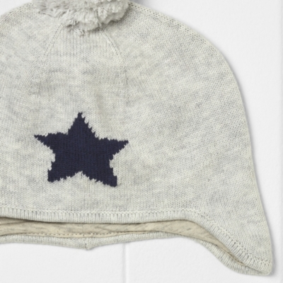 Star Knitted Hat