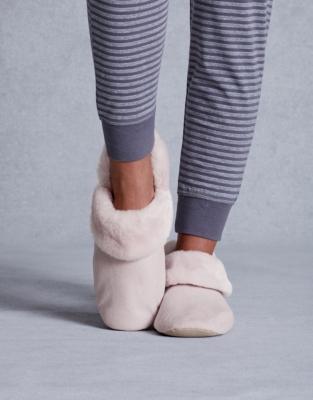 Cosy Slipper Boots