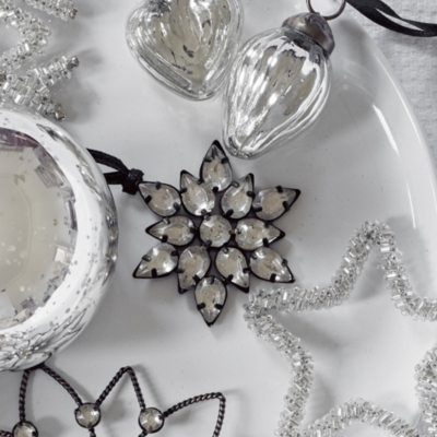 Antiqued Jewelled Flower