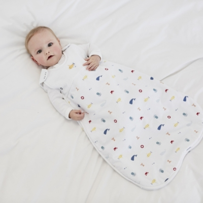 Sleeping bags are a great way to keep your baby snug without the need for loose bedding or blankets. Made with our heaviest tog-rating – the perfect pick for chilly nights and frosty Winter mornings – the all-over Lumi polar bear print on this wadded sleeping bag .
