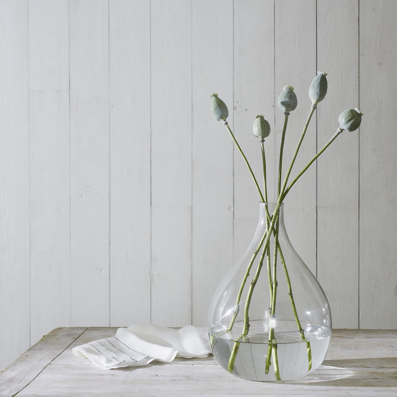 vases  small  large glass vases  the white company uk - emerson small vase