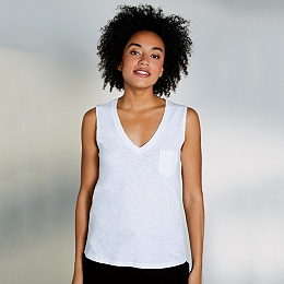 Cotton V-Neck Pocket Vest - White
