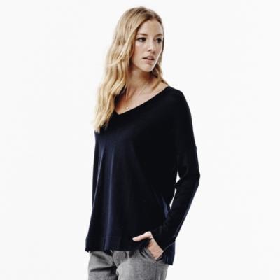 V- Neck Merino Sweater - Navy