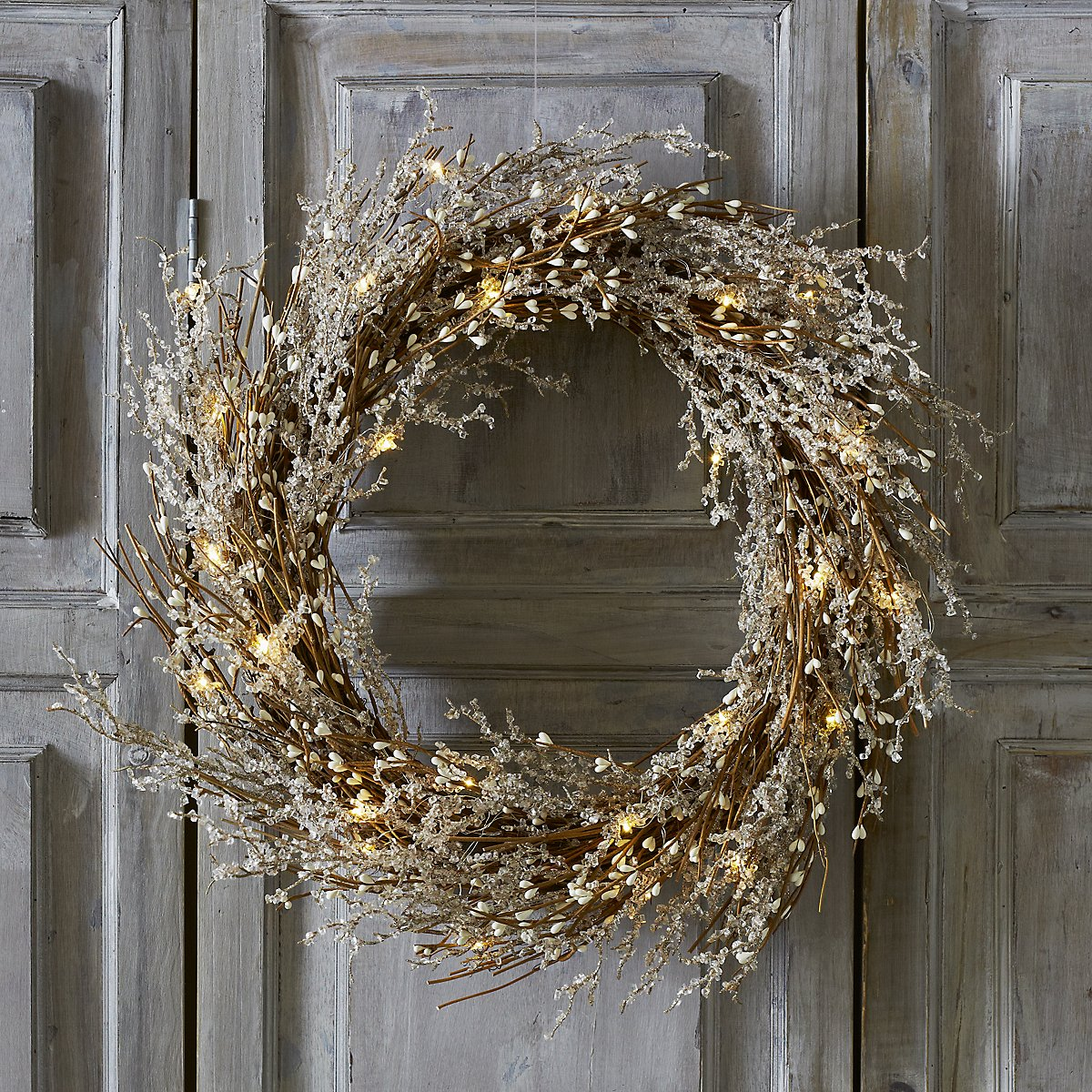White christmas decorations - Pre Lit Beaded Christmas Wreath