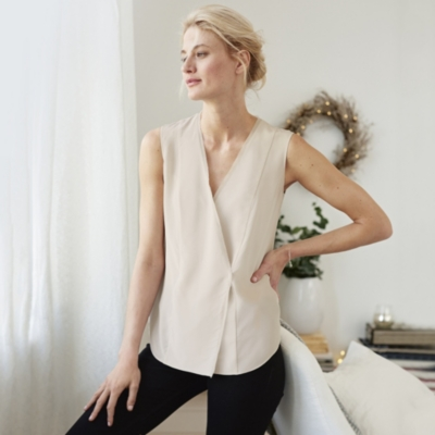 Wrap-Front Top