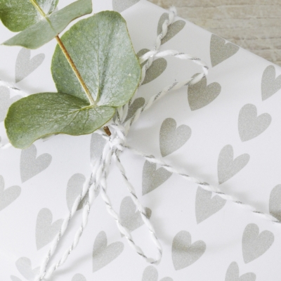 Heart Wrapping Paper – 32ft