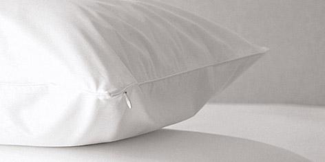 Zipped Pillow Protector
