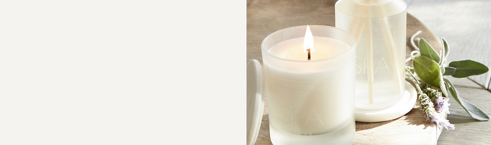 Fragrance accessories candles fragrance the white for Aroma candle and scent company