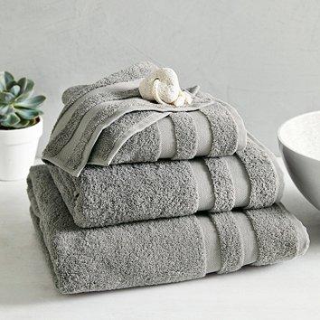 2657399901 Classic Double Border Towels
