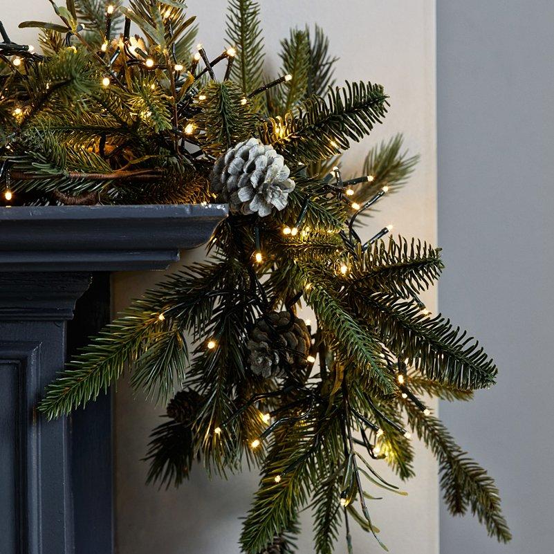 Cluster Christmas Tree Lights 2000 Bulbs