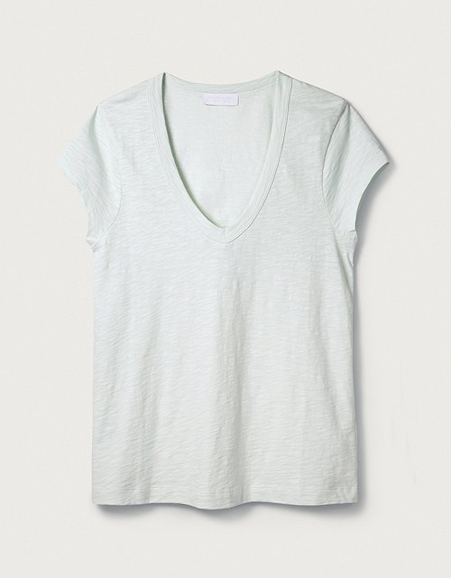 9ae20c28 Tops & T-Shirts | Cotton, Linen & Silk | The White Company UK