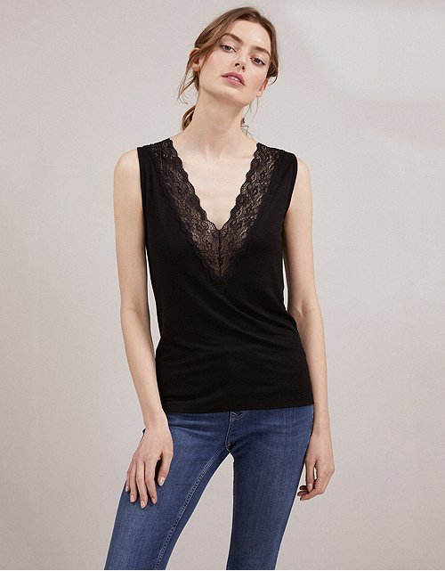 8d2ee4e9d45 Tops & T-Shirts | Cotton, Linen & Silk | The White Company UK