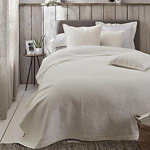 Lisbon Quilts & Cushion Covers